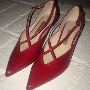 Zara Basic Small kitten heel POWER RED dress shoes